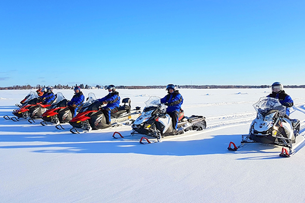 Snowmobile safari info